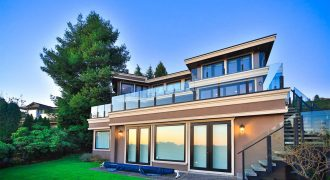 Villa with ocean and bay view